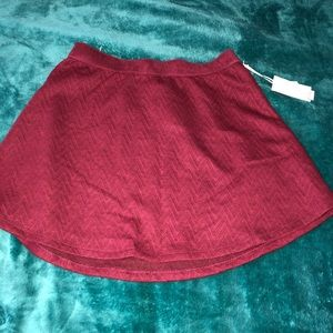 Candies maroon skirt size small NEW NEVER WORN